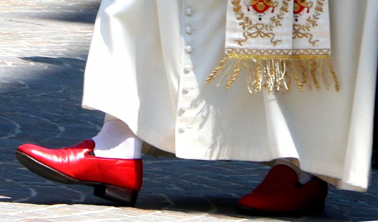 pope-red-shoe